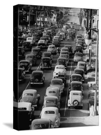 Traveling Through Rush Hour Traffic in Downtown Los Angeles