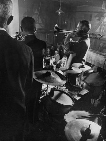 West Coast Jazz 'Kid' Ory Edward, Playing Jazz with a Band