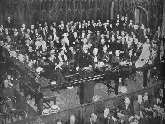 'Lord Kitchener making a recruiting appeal at the Guildhall', 1915-Unknown-Photographic Print