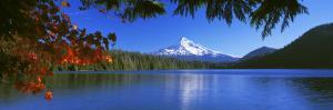 Lost Lake, Mt. Hood National Forest, Oregon, USA