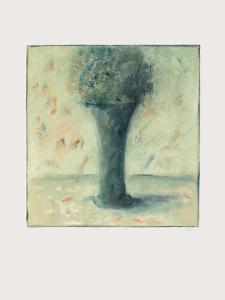 Grand Vase by Lou G. (Lupita Gorodine)