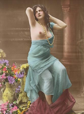 Le Reveur (The Dreamer) - Classic Vintage Hand-Colored Tinted French Nude