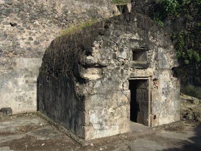 https://imgc.artprintimages.com/img/print/louis-cyparis-s-jail-saint-pierre-martinique-west-indies-caribbean-central-america_u-l-p7vdik0.jpg?p=0