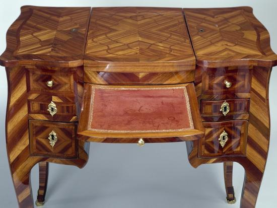 Louis XV Style Oak Dressing Table with Satinwood Veneer Finish--Giclee Print
