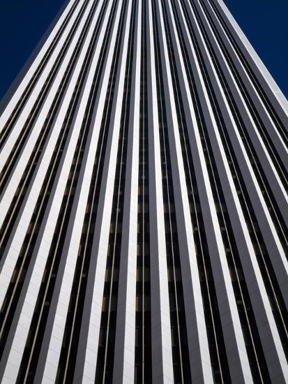 Low Angle View of the Aon Center, Chicago Loop, Chicago, Cook County, Illinois, USA--Photographic Print