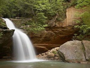 Lower Falls, Hocking Hills State Park, Ohio, United States of America, North America