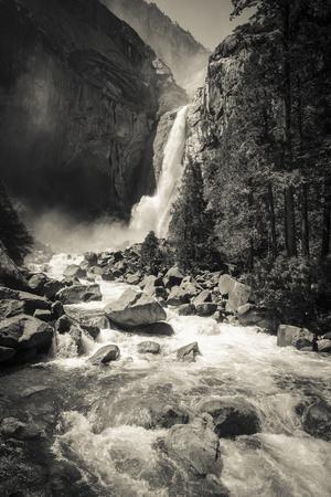 https://imgc.artprintimages.com/img/print/lower-yosemite-falls-yosemite-national-park_u-l-q13azzf0.jpg?p=0