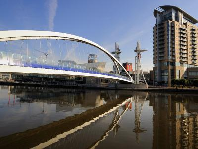 Lowry Bridge over the Manchester Ship Canal, Salford Quays, Greater Manchester, England, UK-Richardson Peter-Photographic Print
