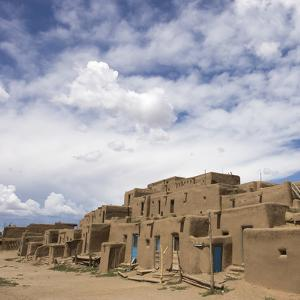 New Mexico. Taos Pueblo, Architecture Style from Pre Hispanic Americas by Luc Novovitch