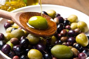 Olive Oil by lucasantilli