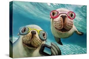 Underwater Selfie by Lucia Heffernan