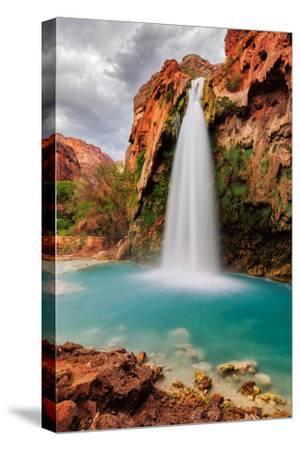 Amazing Havasu Falls in Arizona