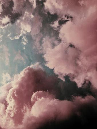 https://imgc.artprintimages.com/img/print/lucy-in-the-sky_u-l-q1g5xer0.jpg?p=0