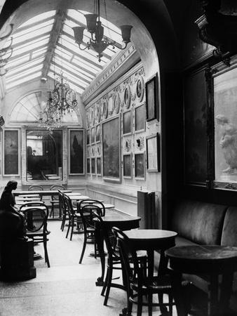 Interior of the Antico Caffè Greco on Via Condotti