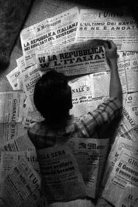 Italy Votes for the Republic, on the Headlines of All the Newspapers by Luigi Leoni