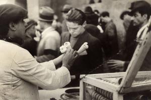 Peddler of Gelato (Ice Cream-Seller) by Luigi Leoni