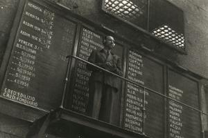 Stock Exchange Quotations by Luigi Leoni