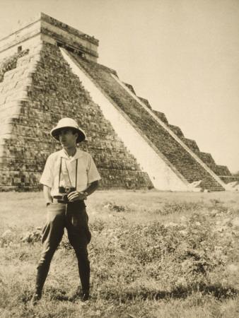 An Informal Portrait of Photographer and Explorer Luis Marden