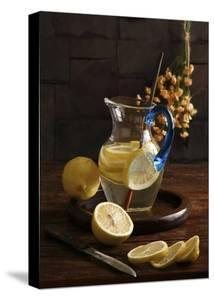 Life And Lemons by Luiz Laercio