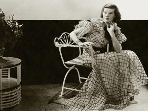 Vanity Fair - January 1934 by Lusha Nelson
