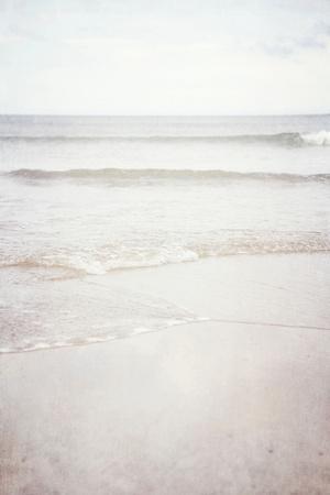 https://imgc.artprintimages.com/img/print/lyall-beach-8_u-l-pz07y50.jpg?p=0