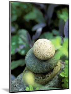 Stones Used as Natural Garden Sculpture by Lynn Keddie