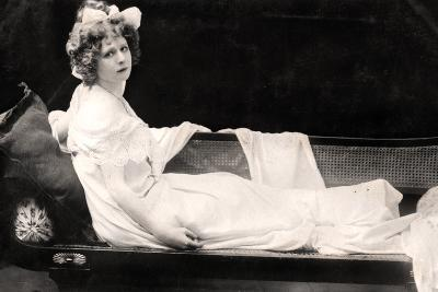 Mabel Love (1874-195), English Actress and Dancer, Early 20th Century--Photographic Print
