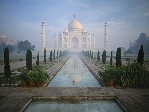 Taj Mahal and Reflecting Pools by Macduff Everton