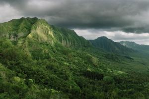 The Ko'Olau Mountain Range by Macduff Everton
