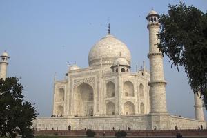 The Taj Mahal by Macduff Everton