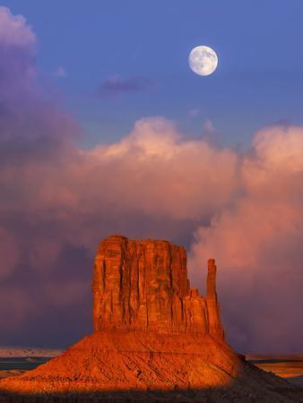 Monument Valley at Sunset, Utah, Usa.