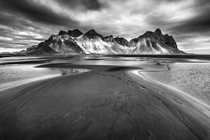 Iceland 90 by Maciej Duczynski