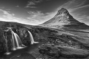 Iceland 92 by Maciej Duczynski