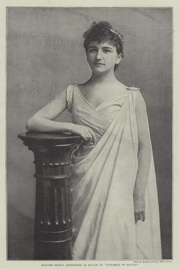 Madame Sigrid Arnoldson as Baucis in Philemon Et Baucis--Giclee Print
