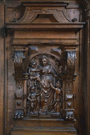 https://imgc.artprintimages.com/img/print/madonna-and-child-detail-from-architectural-carved-oak-cabinet-circa-1600-germany_u-l-prkf7j0.jpg?p=0