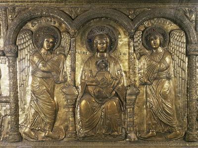 https://imgc.artprintimages.com/img/print/madonna-and-child-with-archangels-michael-and-gabriel_u-l-proroi0.jpg?p=0