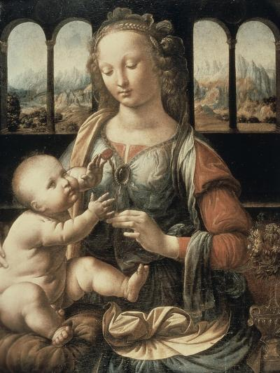 Madonna of the Carnation-Leonardo da Vinci-Giclee Print