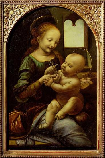 Madonna with a Flower, or Madonna Benois, C.1478-Leonardo da Vinci-Giclee Print