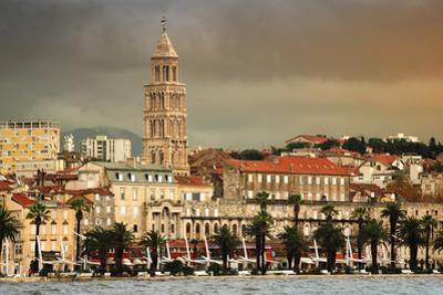 View of Split Coast, Croatia with Heavy Sky by Madrugada Verde