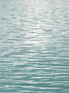 Ocean Current Aqua II by Maggie Olsen