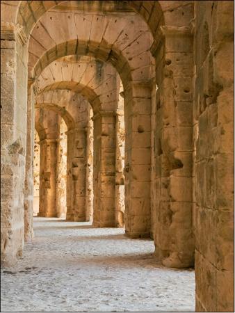 maggie-sale-roman-arches