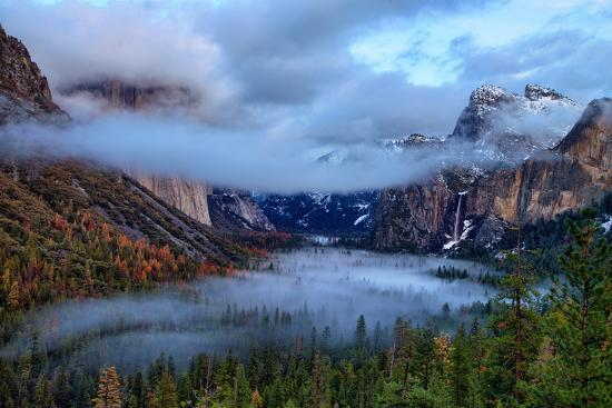 Magical Dreamy Fog at Tunnel View - Yosemite National Park-Vincent James-Photographic Print