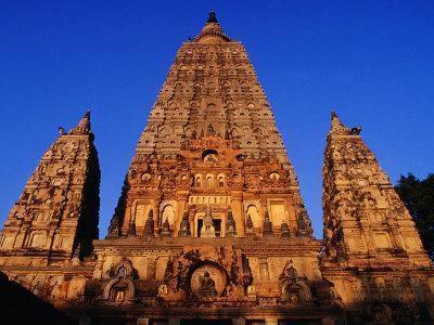 https://imgc.artprintimages.com/img/print/mahabodhi-temple-bodhgaya-bihar-india_u-l-p3tz1r0.jpg?p=0