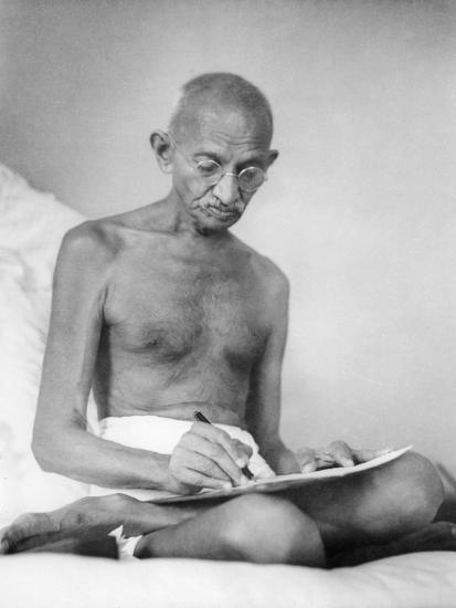Mahatma Gandhi--Photographic Print