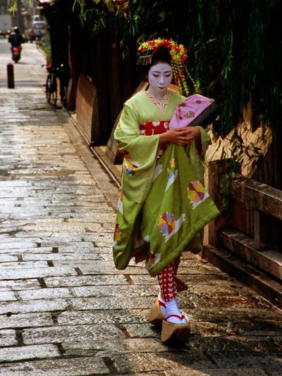 Maiko Walking Along Street in Gion, Kyoto, Japan-Frank Carter-Photographic Print