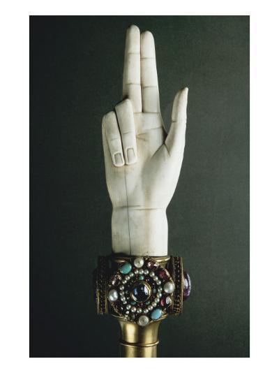 Main de Justice-Martin-Guillaume Biennais-Giclee Print