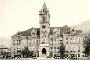 Main Hall, University of Montana