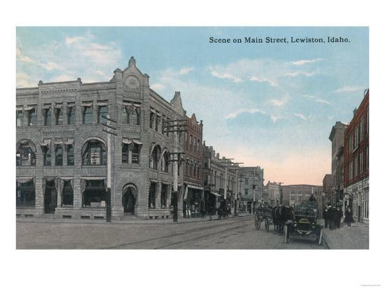 Main Street Scene with Horse Carriages and Model-T - Lewiston, ID-Lantern Press-Art Print