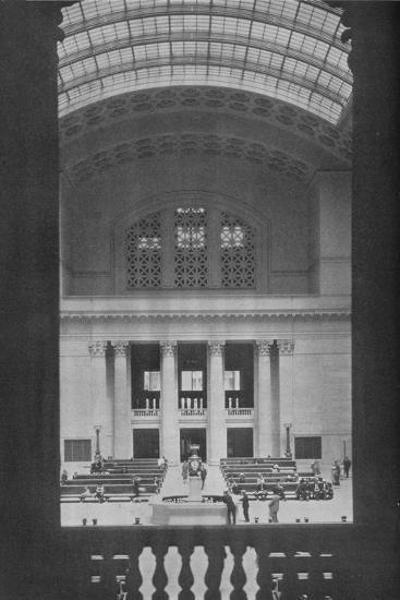Main waiting room, Chicago Union Station, Illinois, 1926--Photographic Print
