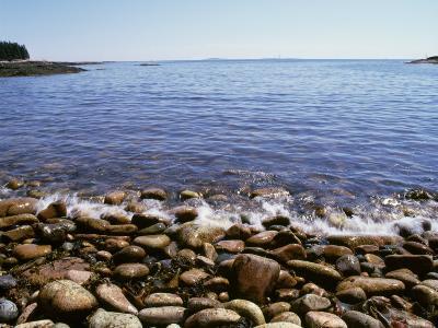 Maine, Acadia National Park, Wonderland Trail, Sea Waves Hitting Rocky Beach--Photographic Print